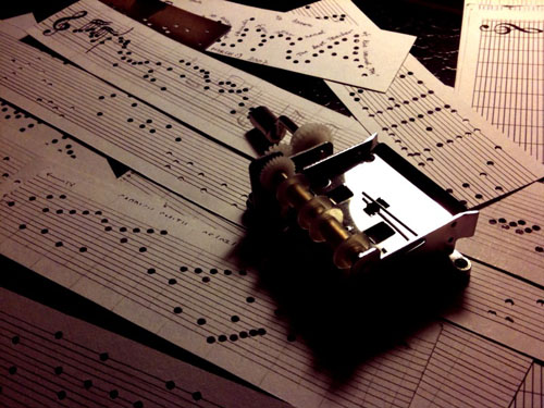 Luniere » Make Your Own Music Box Melodies